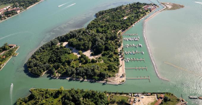 Isola della Certosa - Noleggio barche Chioggia